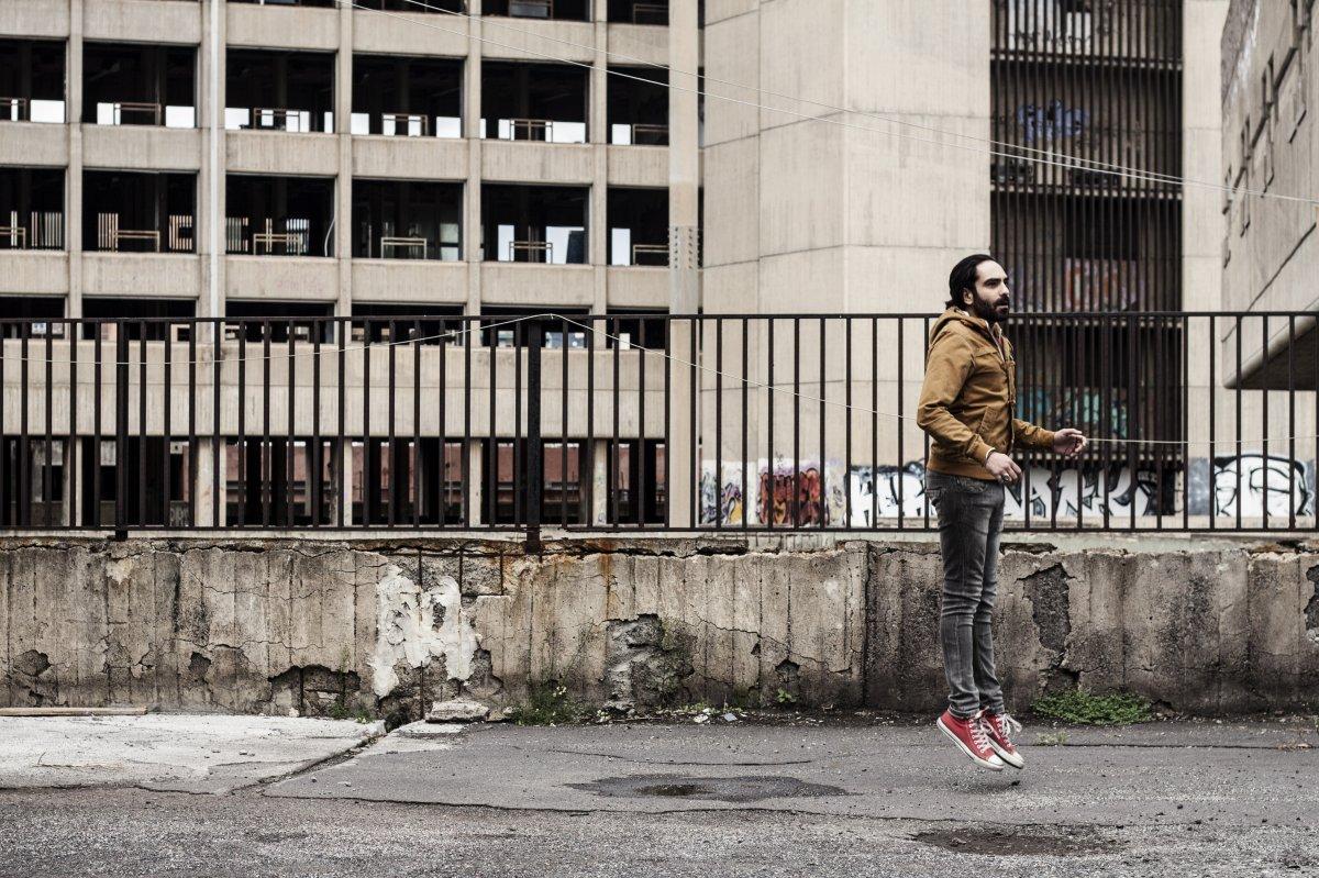 Saint huck l album broken branches in esclusiva streaming for Fiorina forniture elettriche