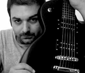 Flavio Garozzo (Andrew Fly)
